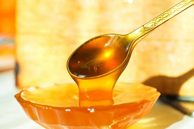 Пробуем мёд